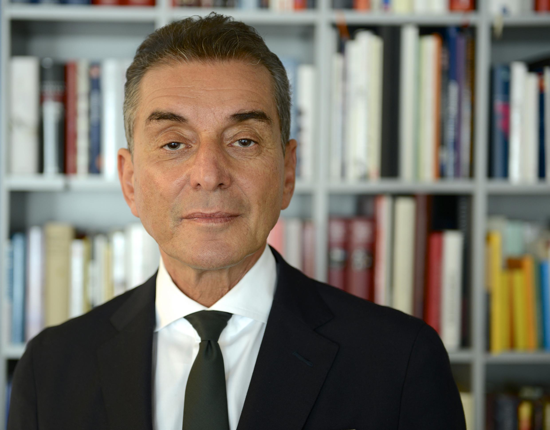 Michel Friedman, CAES